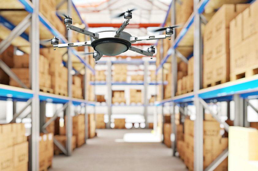 Drone in magazijn